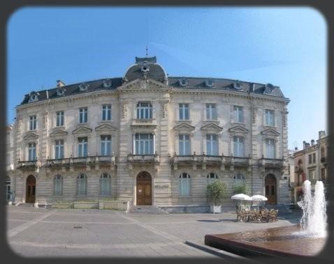 image : photo Hôtel de Ville de Mont de Marsan