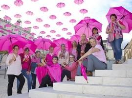 image : Parvis de la Mairie - Octobre rose 2017 - Mont de Marsan